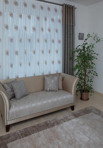 tina lakástextil és függöny kompozíció