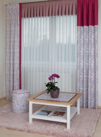 twsiter kuren lakástextil és függöny kompozíció